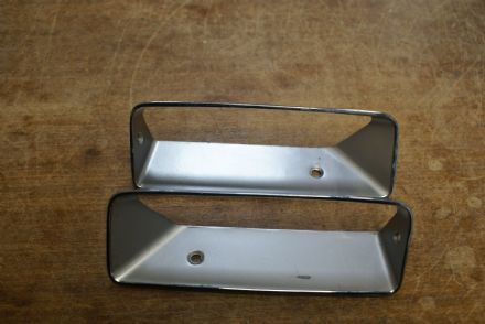 C3 Corvette,Side Louver Inserts,2045,New